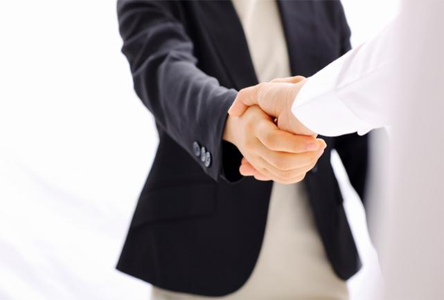 公認会計士や税理士、後継者候補、役職者など採用難度の高いハイスペック人材の獲得を支援します。